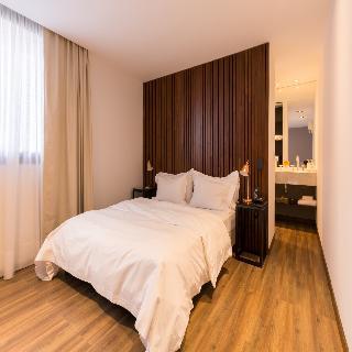 http://photos.hotelbeds.com/giata/12/123744/123744a_hb_ro_012.jpg