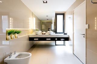 http://photos.hotelbeds.com/giata/12/123744/123744a_hb_ro_021.jpg