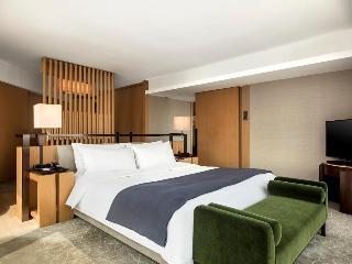 http://photos.hotelbeds.com/giata/12/125517/125517a_hb_ro_024.jpg