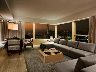 http://photos.hotelbeds.com/giata/12/125517/125517a_hb_ro_026.jpg