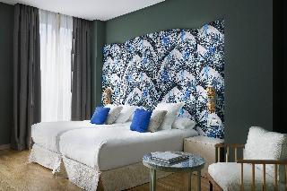 http://photos.hotelbeds.com/giata/12/125898/125898a_hb_ro_105.jpg