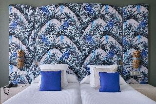 http://photos.hotelbeds.com/giata/12/125898/125898a_hb_ro_145.jpg
