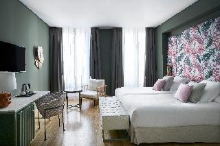 http://photos.hotelbeds.com/giata/12/125898/125898a_hb_ro_148.jpg