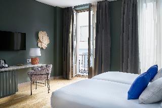 http://photos.hotelbeds.com/giata/12/125898/125898a_hb_ro_150.jpg