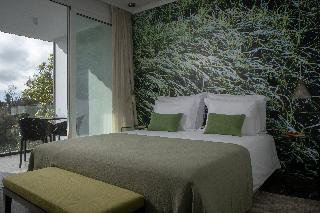 http://photos.hotelbeds.com/giata/13/132454/132454a_hb_ro_007.jpg