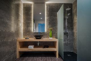http://photos.hotelbeds.com/giata/13/132454/132454a_hb_ro_039.jpg