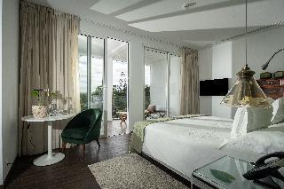 http://photos.hotelbeds.com/giata/13/132454/132454a_hb_ro_045.jpg