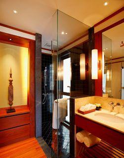 http://photos.hotelbeds.com/giata/13/132537/132537a_hb_ro_001.jpg