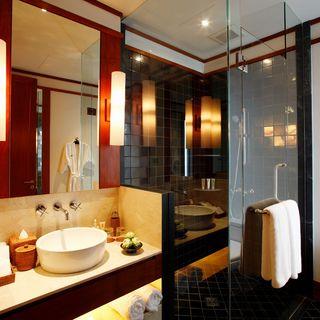 http://photos.hotelbeds.com/giata/13/132537/132537a_hb_ro_002.jpg