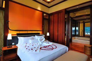 http://photos.hotelbeds.com/giata/13/132537/132537a_hb_ro_006.jpg