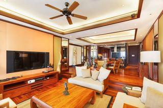 http://photos.hotelbeds.com/giata/13/132537/132537a_hb_ro_010.jpg