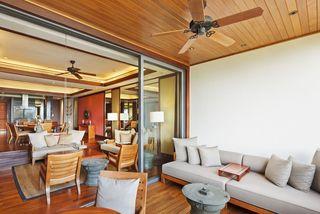http://photos.hotelbeds.com/giata/13/132537/132537a_hb_ro_011.jpg