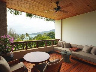 http://photos.hotelbeds.com/giata/13/132537/132537a_hb_ro_030.jpg