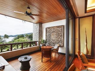 http://photos.hotelbeds.com/giata/13/132537/132537a_hb_ro_035.jpg
