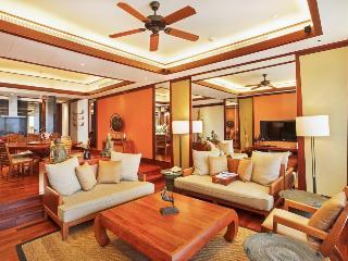 http://photos.hotelbeds.com/giata/13/132537/132537a_hb_ro_036.jpg