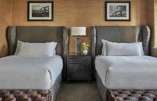http://photos.hotelbeds.com/giata/13/133639/133639a_hb_ro_015.jpg