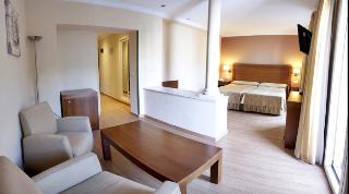 http://photos.hotelbeds.com/giata/13/134462/134462a_hb_ro_011.jpg