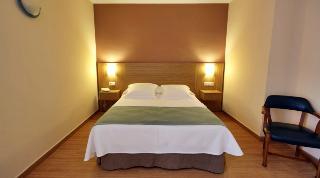http://photos.hotelbeds.com/giata/13/134462/134462a_hb_ro_014.jpg