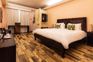http://photos.hotelbeds.com/giata/13/135149/135149a_hb_ro_088.jpg
