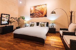 http://photos.hotelbeds.com/giata/13/135149/135149a_hb_ro_102.jpg