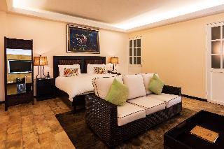 http://photos.hotelbeds.com/giata/13/135149/135149a_hb_ro_109.jpg