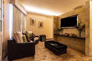 http://photos.hotelbeds.com/giata/13/135149/135149a_hb_ro_114.jpg