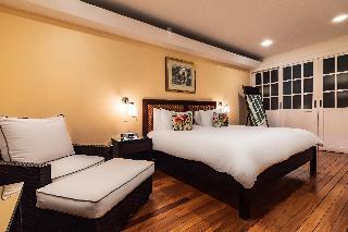 http://photos.hotelbeds.com/giata/13/135149/135149a_hb_ro_115.jpg