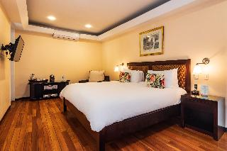 http://photos.hotelbeds.com/giata/13/135149/135149a_hb_ro_119.jpg