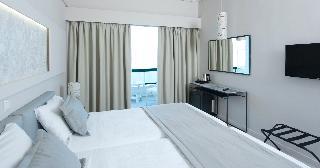 http://photos.hotelbeds.com/giata/13/137315/137315a_hb_ro_006.jpg