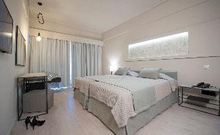 http://photos.hotelbeds.com/giata/13/137315/137315a_hb_ro_078.jpg