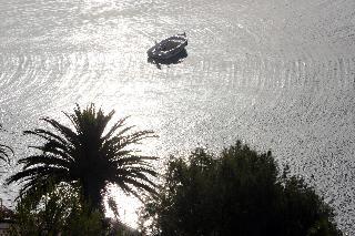 http://photos.hotelbeds.com/giata/13/137315/137315a_hb_ro_079.JPG