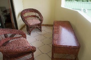 http://photos.hotelbeds.com/giata/13/139552/139552a_hb_ro_020.jpg