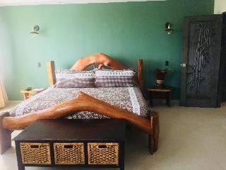 http://photos.hotelbeds.com/giata/13/139552/139552a_hb_ro_057.jpg