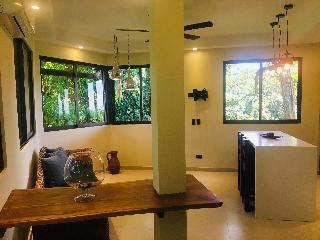 http://photos.hotelbeds.com/giata/13/139552/139552a_hb_ro_059.jpg