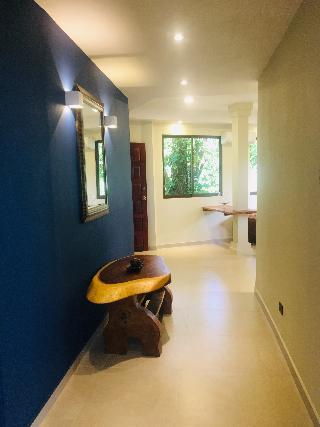 http://photos.hotelbeds.com/giata/13/139552/139552a_hb_ro_061.jpg