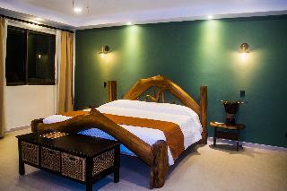 http://photos.hotelbeds.com/giata/13/139552/139552a_hb_ro_070.jpg