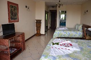 http://photos.hotelbeds.com/giata/13/139552/139552a_hb_ro_074.jpg