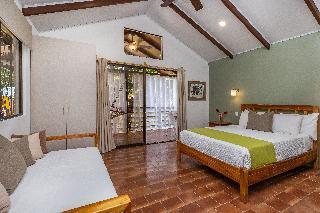 http://photos.hotelbeds.com/giata/13/139552/139552a_hb_ro_077.jpg