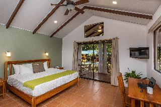 http://photos.hotelbeds.com/giata/13/139552/139552a_hb_ro_084.jpg
