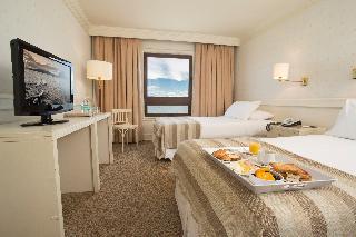 http://photos.hotelbeds.com/giata/13/139994/139994a_hb_ro_001.jpg