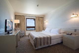 http://photos.hotelbeds.com/giata/13/139994/139994a_hb_ro_002.jpg
