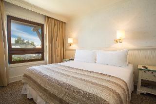 http://photos.hotelbeds.com/giata/13/139994/139994a_hb_ro_003.jpg