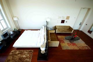http://photos.hotelbeds.com/giata/14/142059/142059a_hb_ro_026.jpg