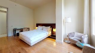 http://photos.hotelbeds.com/giata/14/142059/142059a_hb_ro_031.jpg