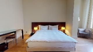 http://photos.hotelbeds.com/giata/14/142059/142059a_hb_ro_032.jpg