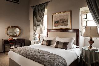 http://photos.hotelbeds.com/giata/14/147729/147729a_hb_ro_038.jpg