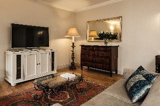 http://photos.hotelbeds.com/giata/14/147729/147729a_hb_ro_043.jpg