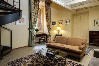 http://photos.hotelbeds.com/giata/14/147729/147729a_hb_ro_060.jpg