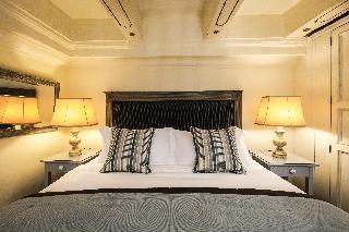 http://photos.hotelbeds.com/giata/14/147729/147729a_hb_ro_061.jpg