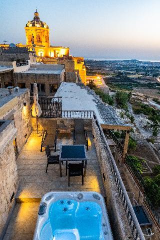 http://photos.hotelbeds.com/giata/14/147729/147729a_hb_ro_176.jpg